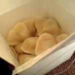 鍋家 - 料理写真:入れ物がいいですよね、アメリカの中華のテイクアウトみたいで