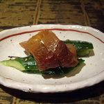 西安餃子 小桃の里 - つきだし 鶏