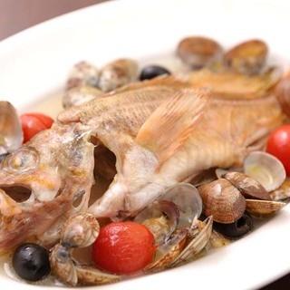 漁港から届く活きの良いお魚料理