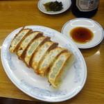 福しん - チャーハンセット(690円)の餃子