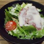 牛たん炭焼 利久  - サラダ