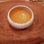 ベジボン - vegebonプレート:野菜スープ(かぼちゃ、玉ねぎ、人参)