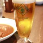 ビアパブ ファイズ - ランチタイムのカレーに+300円でビール付きに!(キリンハートランド)