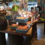 パティスリーシャロン  - 洋菓子コーナー