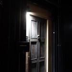 42564212 - このドアの向こうに。