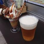 ミライスト カフェ&キッチン - パフェとビール購入