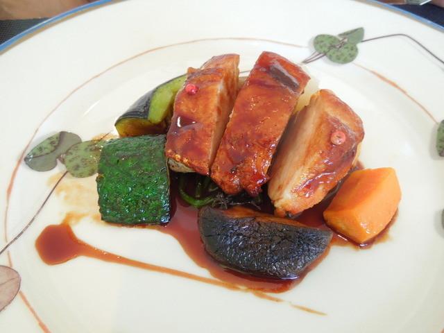 ストラスヴァリウス - 鶏もも肉の香草焼き