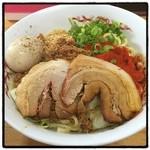 自家製麺 てんか - 汁なし担々麺。 麺がモチモチ。 タレは甘い。 後半はスープ割にして汁あり担々麺風に。 癖になる味。