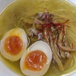 魔界ラーメン 月光 - 鶏塩煮卵入り