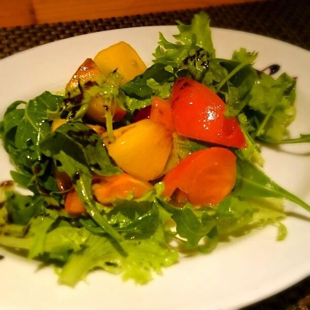 3 - パスタランチ  黄桃のサラダ