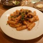 ルスティコ - 牛ミンチとキノコのボロネーゼ