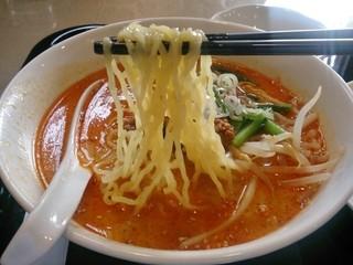 孔府家宴 - 担々麺