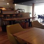 42596680 - 雰囲気も、人がいなければ、贅沢な空間。ただ、おしゃべり大好きミセスで、いつも賑わってます(^^;;