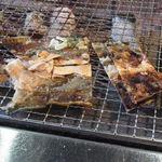 海鮮処 かふか - ホッケの皮をパリパリに焼き食べる