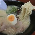 一麺亭 - とんこつラーメン600円