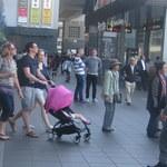 42603461 - 国内外から観光客が押し寄せる京都駅