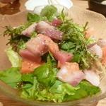 42603501 - プルプルコラーゲン海鮮サラダ 480円