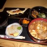 新滝 - 寿定食