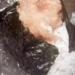 いとう弁当店 - 料理写真:からあげむすび