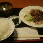 タートヴァン - ランチ・牛肉ポンズ650円