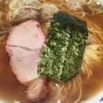 りょうたん亭 - ワンタン麺¥880