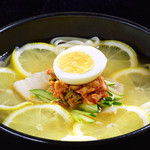 焼肉の龍園 - 小倉冷麺