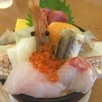 42616579 - 伊豆の地魚と海鮮どんぶり