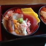 42617631 - 田園ミニセット 海鮮丼