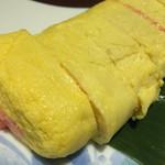 和が家  - だし巻き卵を頼んだら明太子が入っていました。中国人の考えるだし巻き卵ですね。