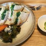 42620304 - 無添加パンの小松菜焼きサンド