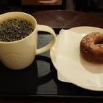 スターバックス・コーヒー - ドリップコーヒートール「グァテマラ アンティグア」&ケーキドーナツプレーン