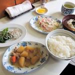 公楽食堂 - 相方のマイ日替り定食