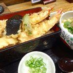 42630426 - 天丼+小うどん(1150円)