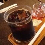 ツネ - ドリンク写真:アイスコーヒー410円