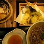 そば うどん 今日亭 - 料理写真:季節の釜飯と天ぷら定食1640円(税抜)