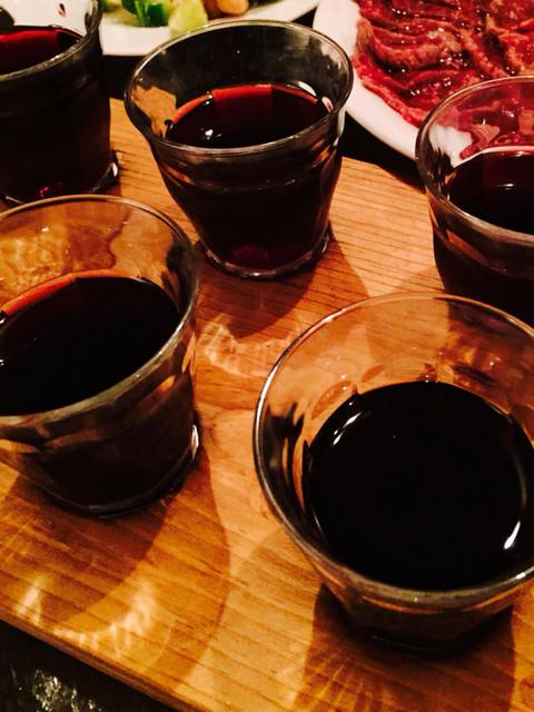 Bistro ひつじや - 赤ワイン飲み比べセット。