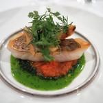 レストラン・サカキ - 真鯛のポワレ トマトとバジルのソース
