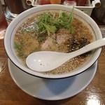 かっちゃんラーメンSP - 醤油白湯濃厚拉麺黒胡椒(970円)
