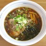 麺屋 雪月花 - 醤油らーめん_750円