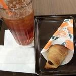 サンマルクカフェ - オレンジチョコクロとアイスティー L