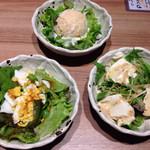 ダイニング 和 - ポテトサラダ、豆腐サラダ、ミモザサラダ3種が、お代わり自由!どれも美味しいけど、ポテサラは、気に入りました。