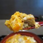 鎌倉 鶏味座 - 究極の親子丼リフトアップ