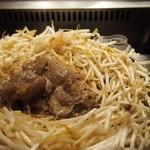松尾ジンギスカン - レアぐらいで食べるのが柔らかくおいしいです