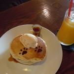 Sabio Cafe - できたてホットンケーキ930円(セットドリンクで1000円)