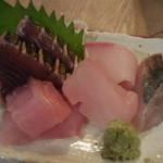 42652692 - 煮魚とお刺身定食 1,000円