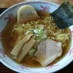 根岸家 - 料理写真:ラーメン600円
