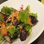 中国料理 桃翠 - 県産オクラとナスのパリパリサラダ
