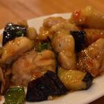 イタリアン酒場 ジモン - 鶏肉と野菜のエスニックソース炒め¥580