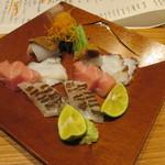かま田 - ①鯛(炙り)、トロ、地ダコ、アオリイカ、うに