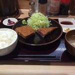 牛かつ ぎゅう太 - 牛かつ定食1,350円